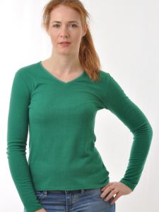 100% Bouretteseide Langarm Shirt mit V-Ausschnitt in irischgrün