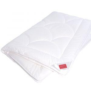 HEFEL Tencel-Sommerbettdecke KlimaControl Comfort - das Kissen ist nicht im Lieferumfang enthalten